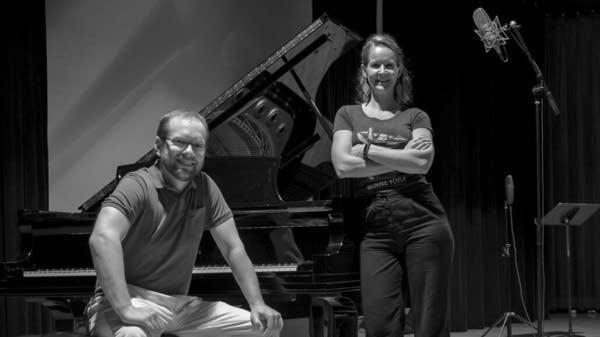 Melissa Holm-Johansen and Stephen Swanson