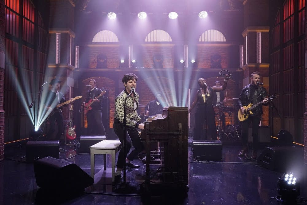 Low Cut Connie perform on 'Late Night with Seth Meyers'