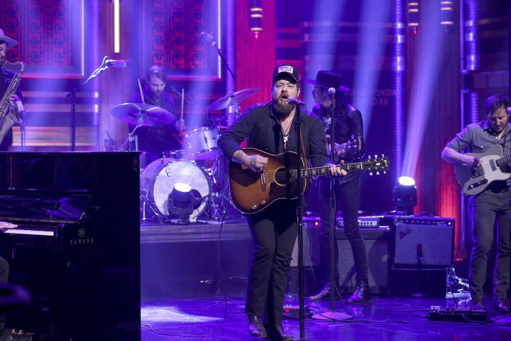 Nathaniel Rateliff and the Night Sweats on 'The Tonight Show'