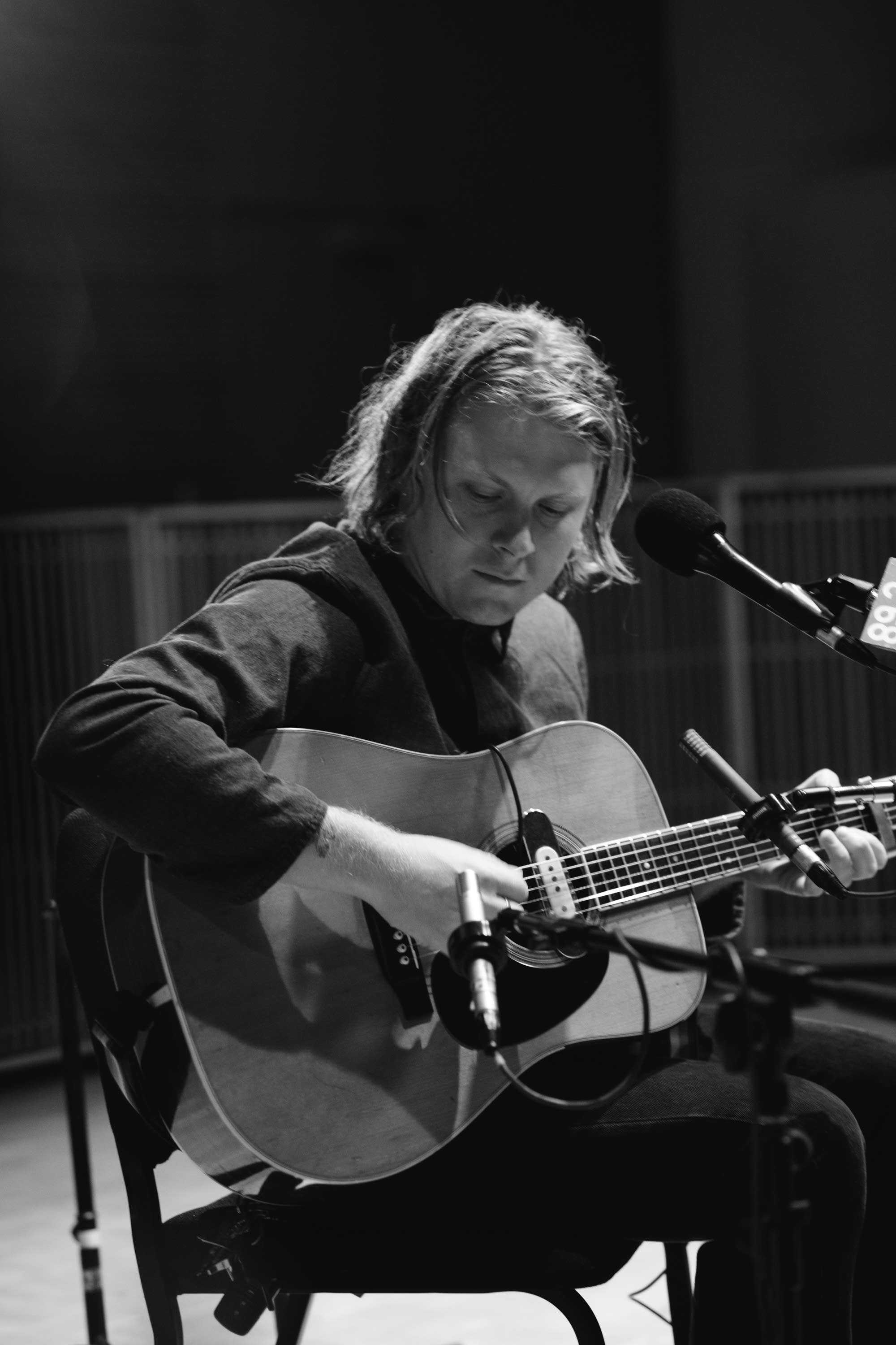 Ty Segall performs a solo acoustic set at The Current