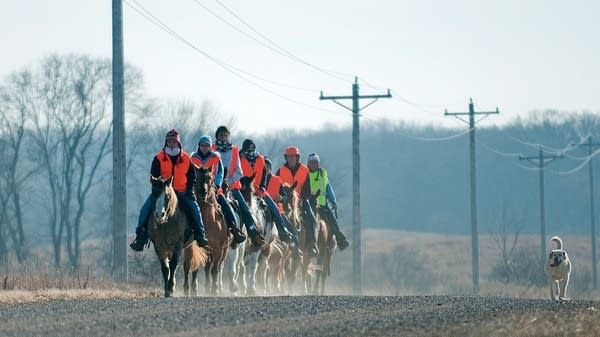 Dakota riders begin somber journey to mark 150 years since