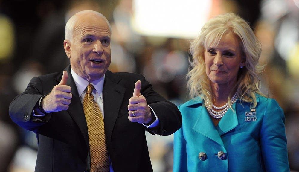 John McCain, Republican presidential nom