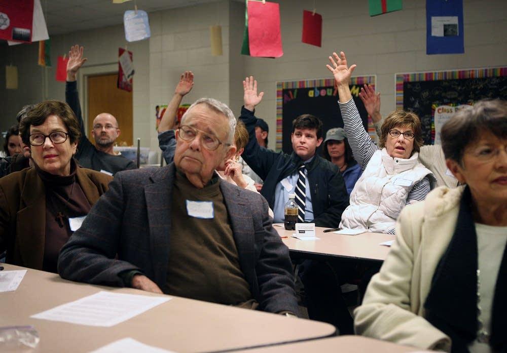 Caucus straw polls