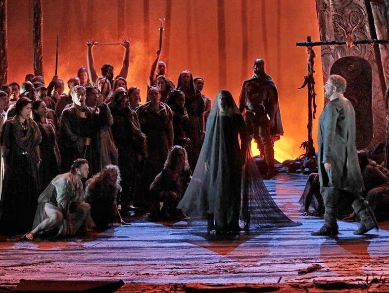 Met Opera does Bellini's