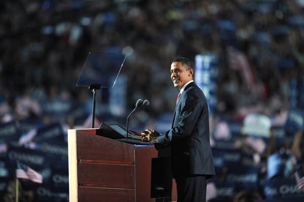 Barack Obama accepts his nomination