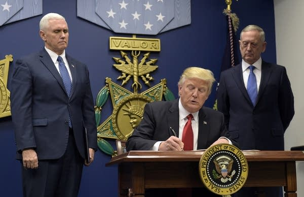 Trump signs executive order on extreme vetting