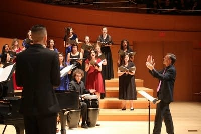 0b6f4e 20160620 grant gershon and the la master chorale honor choir