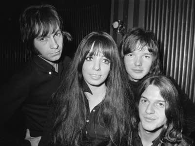 4e2d0d 20180202 shocking blue