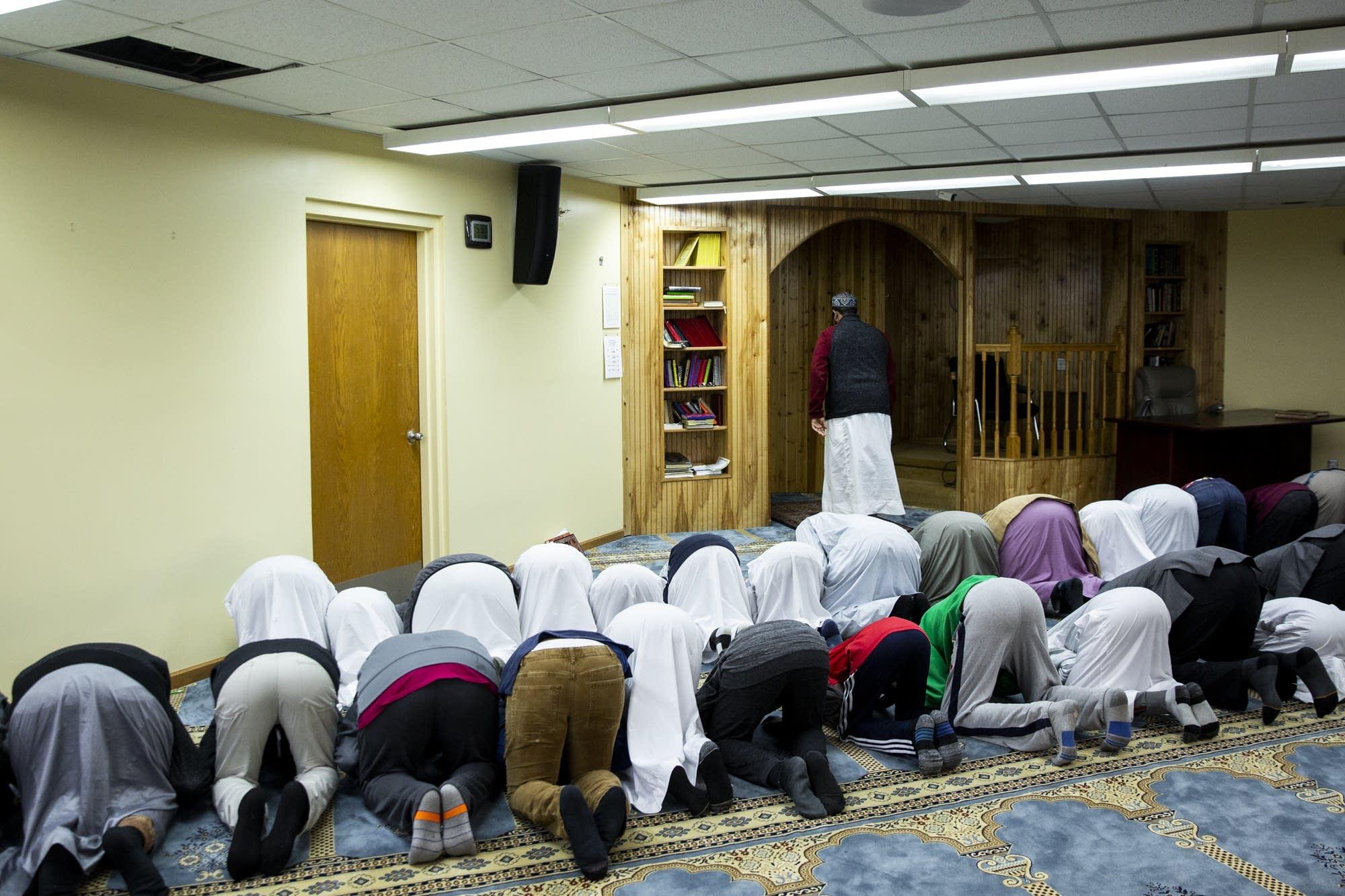 Mohamed Omar leads afternoon prayer.