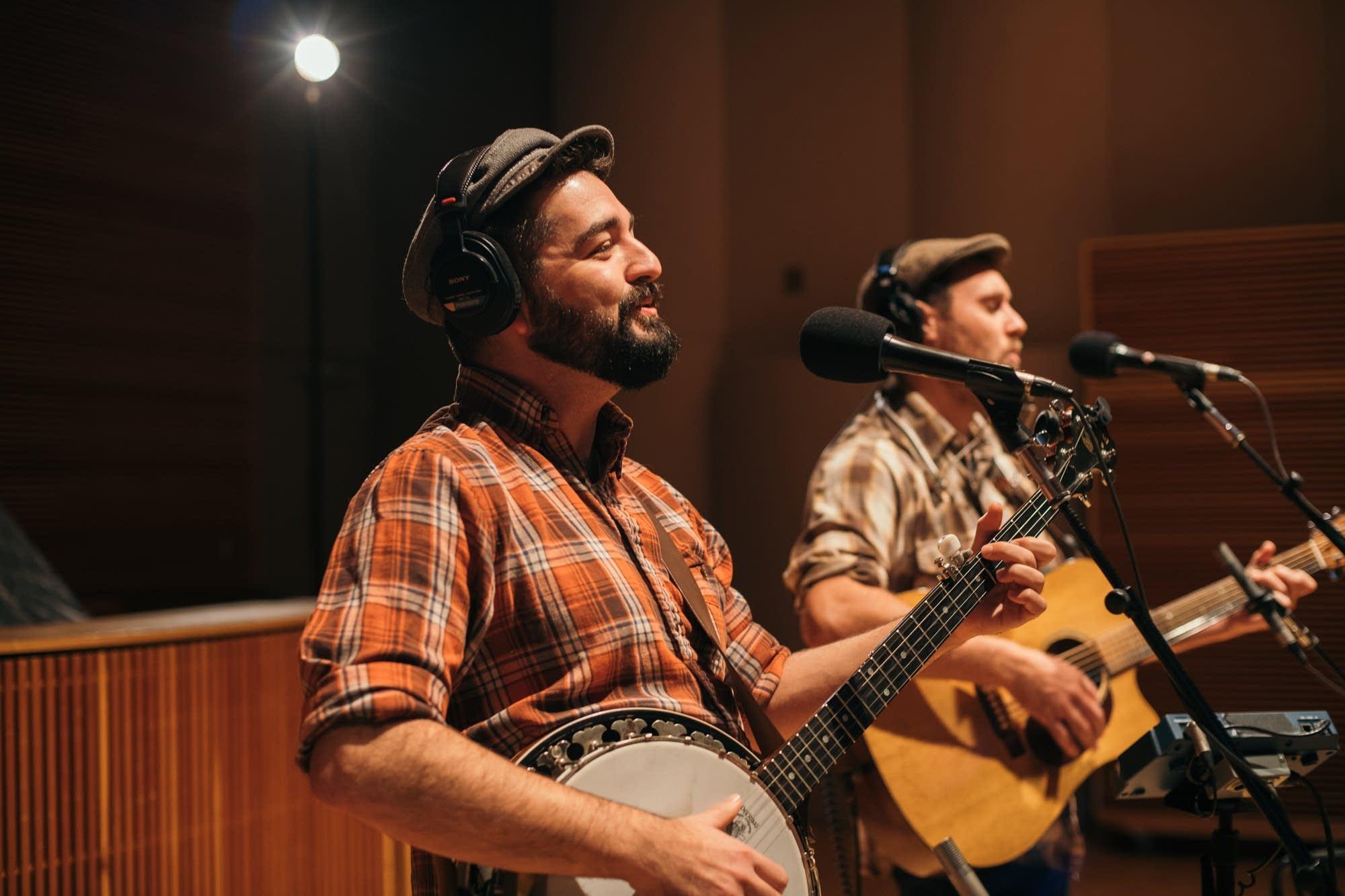 The Okee Dokee Brothers perform at Radio Heartland