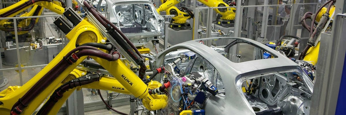 robots welding cars