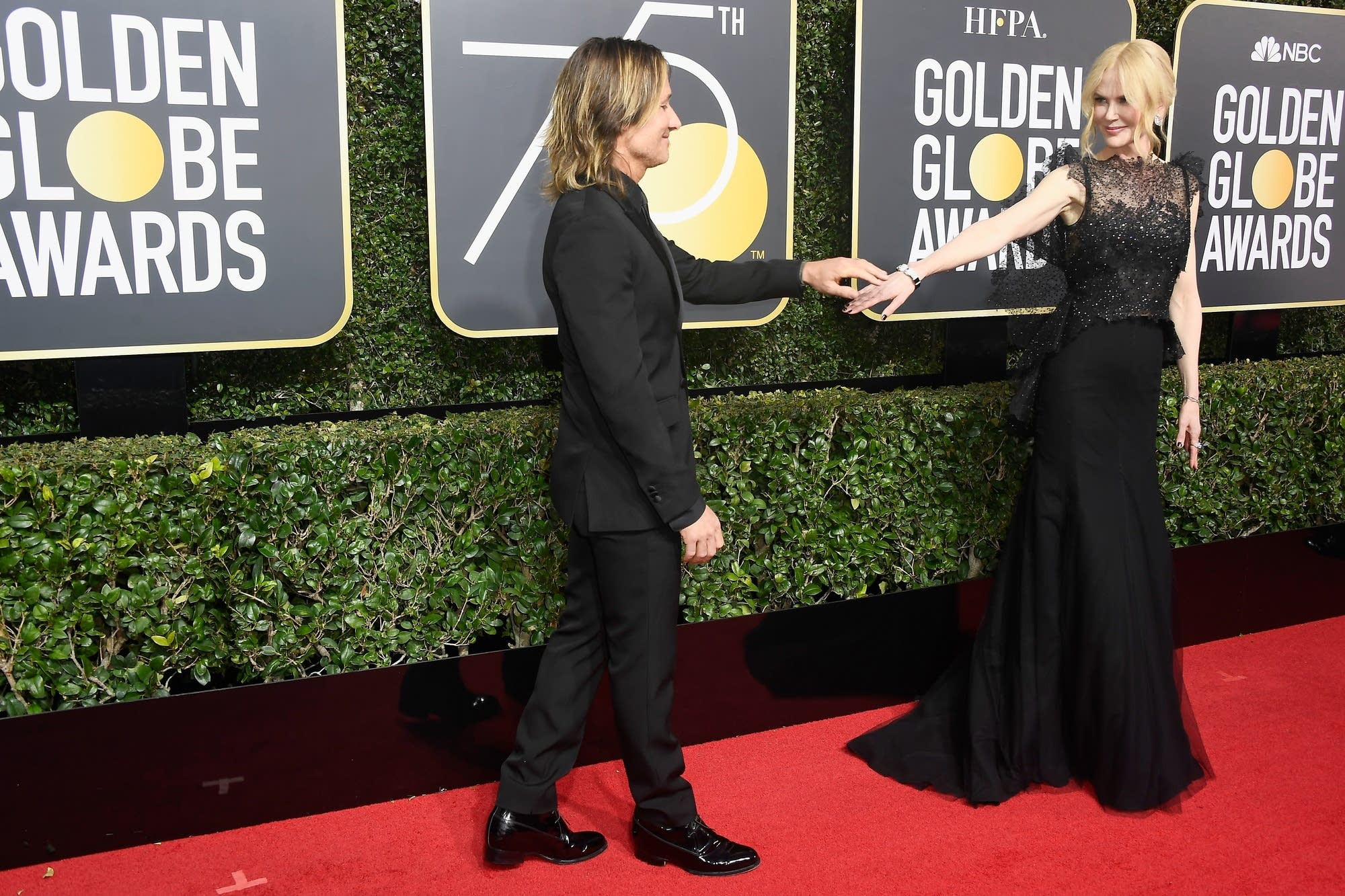 Keith Urban and Nicole Kidman arrive at the Golden Globes.