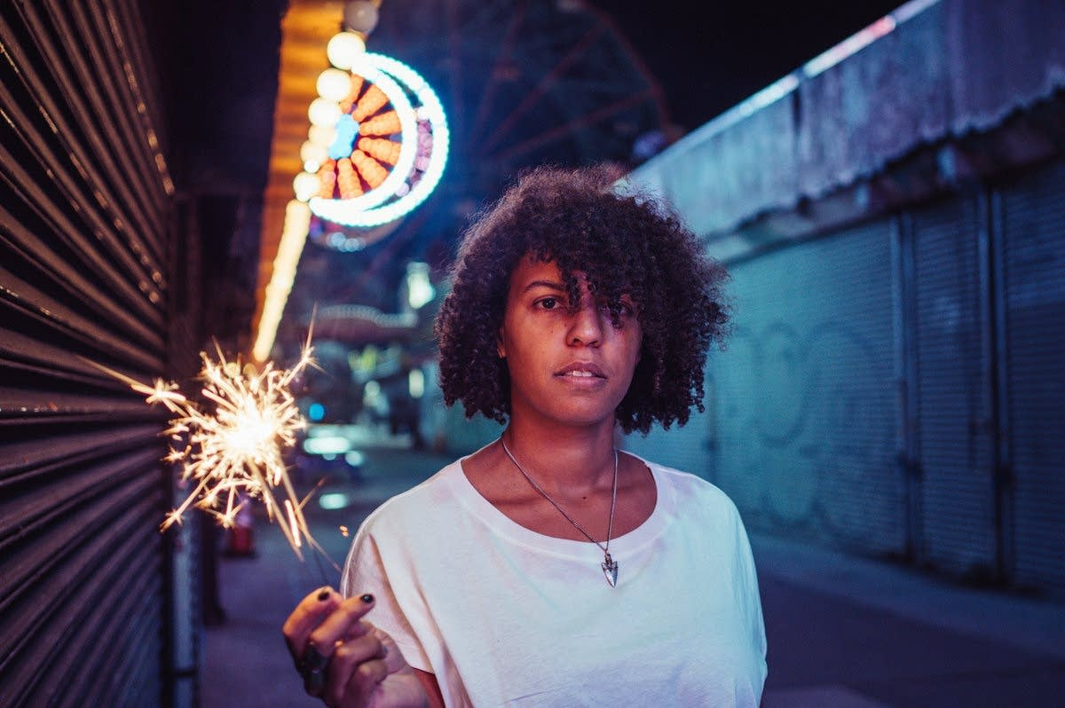Oceanator is the artist name of NYC multi-instrumentalist Elise Okusami