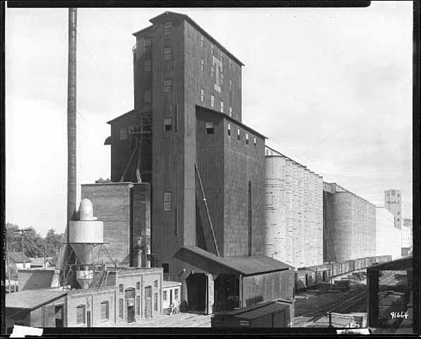 Cargill grain elevator, Minneapolis, 1931
