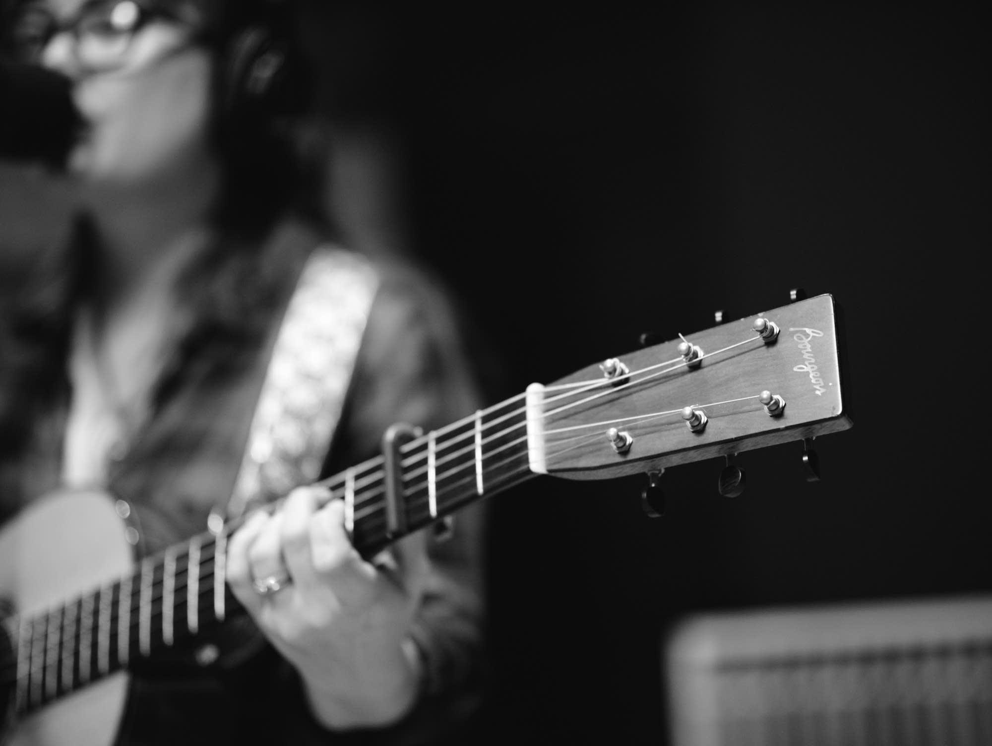 Sara Watkins' Dana Bourgeois guitar headstock