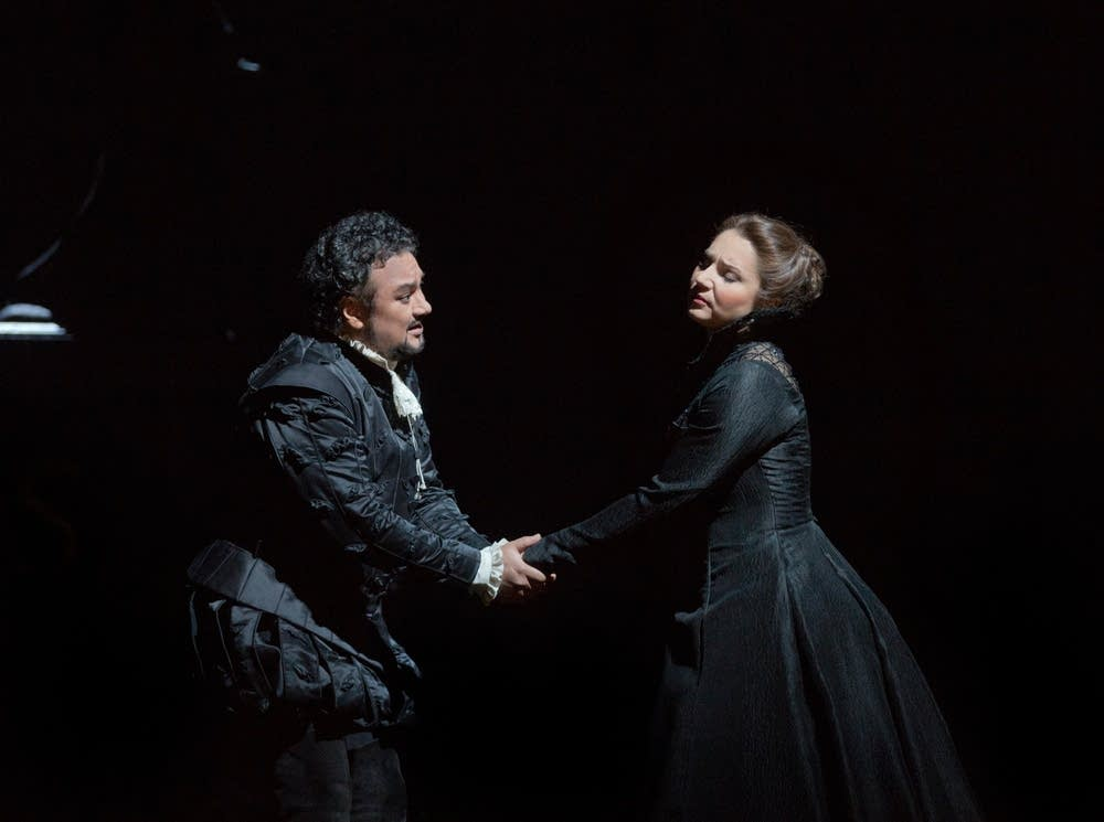 Vargas as Don Carlo and Frittoli as de Valois