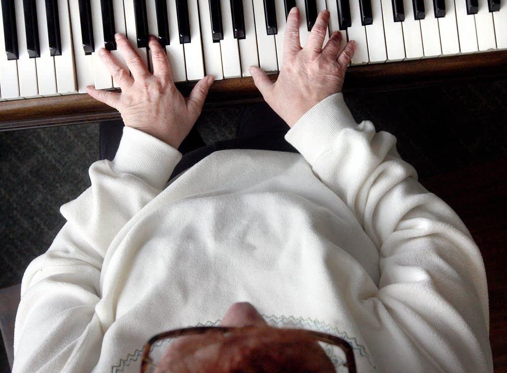 Blind pianist