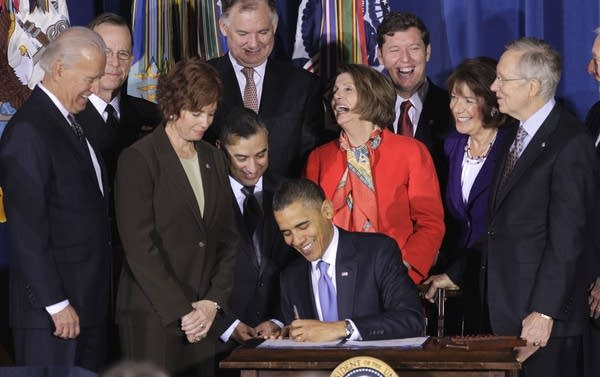 Pres. Obama signs DADT repeal