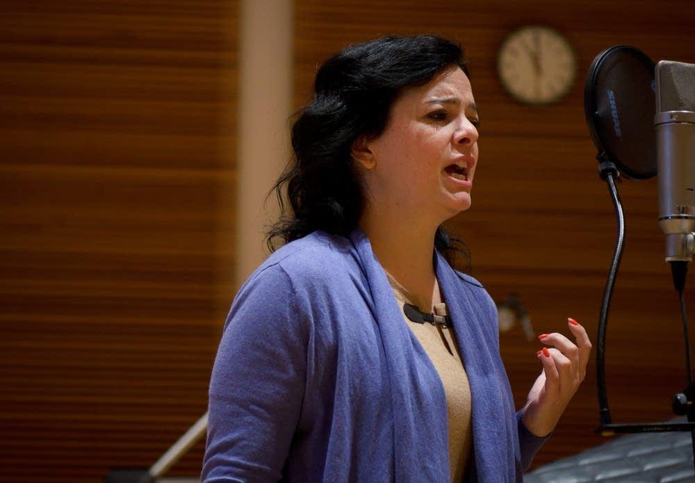 Mezzo-soprano Roxana Constantinescu