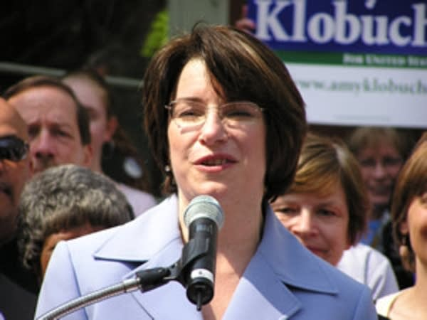 Amy Klobuchar announces her candidacy for U.S. Senate in 2005.