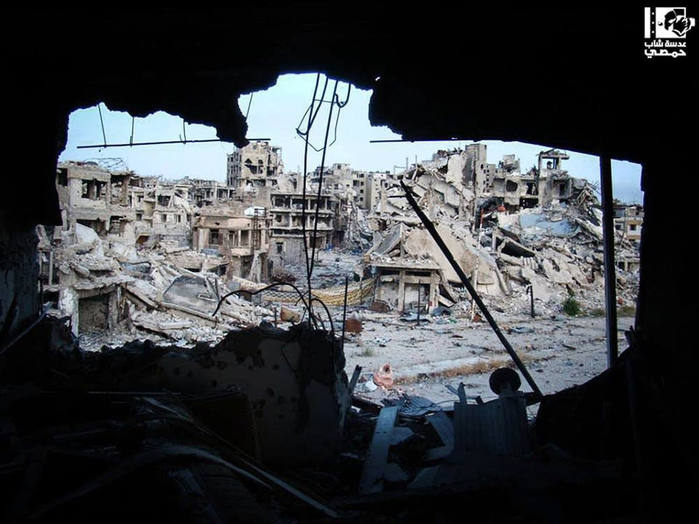 Syria, damaged buildings