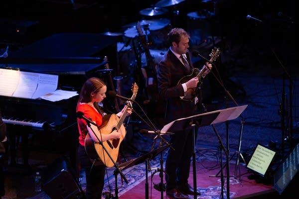 """Sarah Jarosz performs """"Take Another Turn"""""""