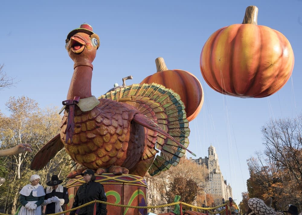Macy's Thanksgiving Day Parade - Tom Turkey float