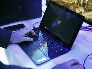 Airplane Security Laptops