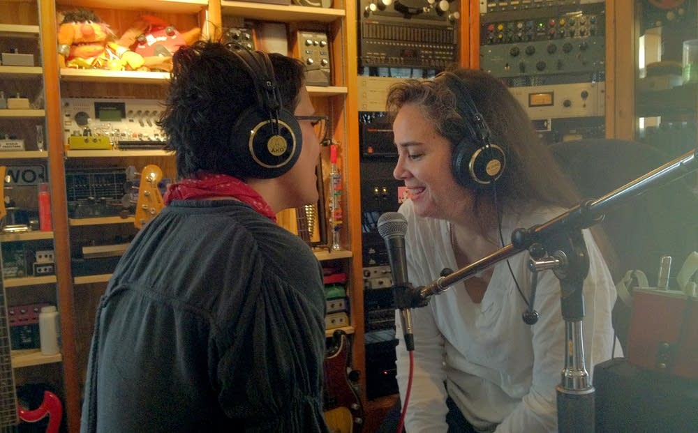 Wendy Melvoin and Lisa Coleman in the studio