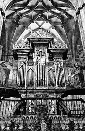 Choir organ at the Cathedral of Salamanca, Spain