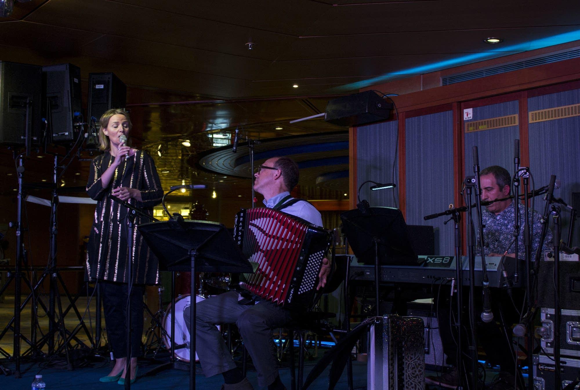Edinburgh - 18 - Clara, Dan, Francesco