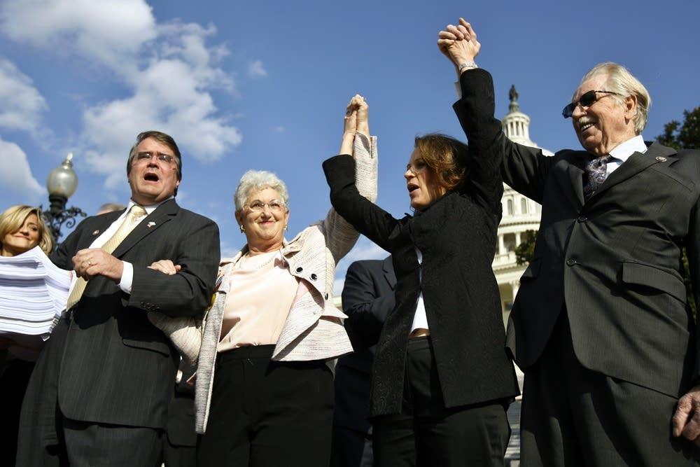 John Culbert, Virginia Fox, Michele Bachmann, Rosc