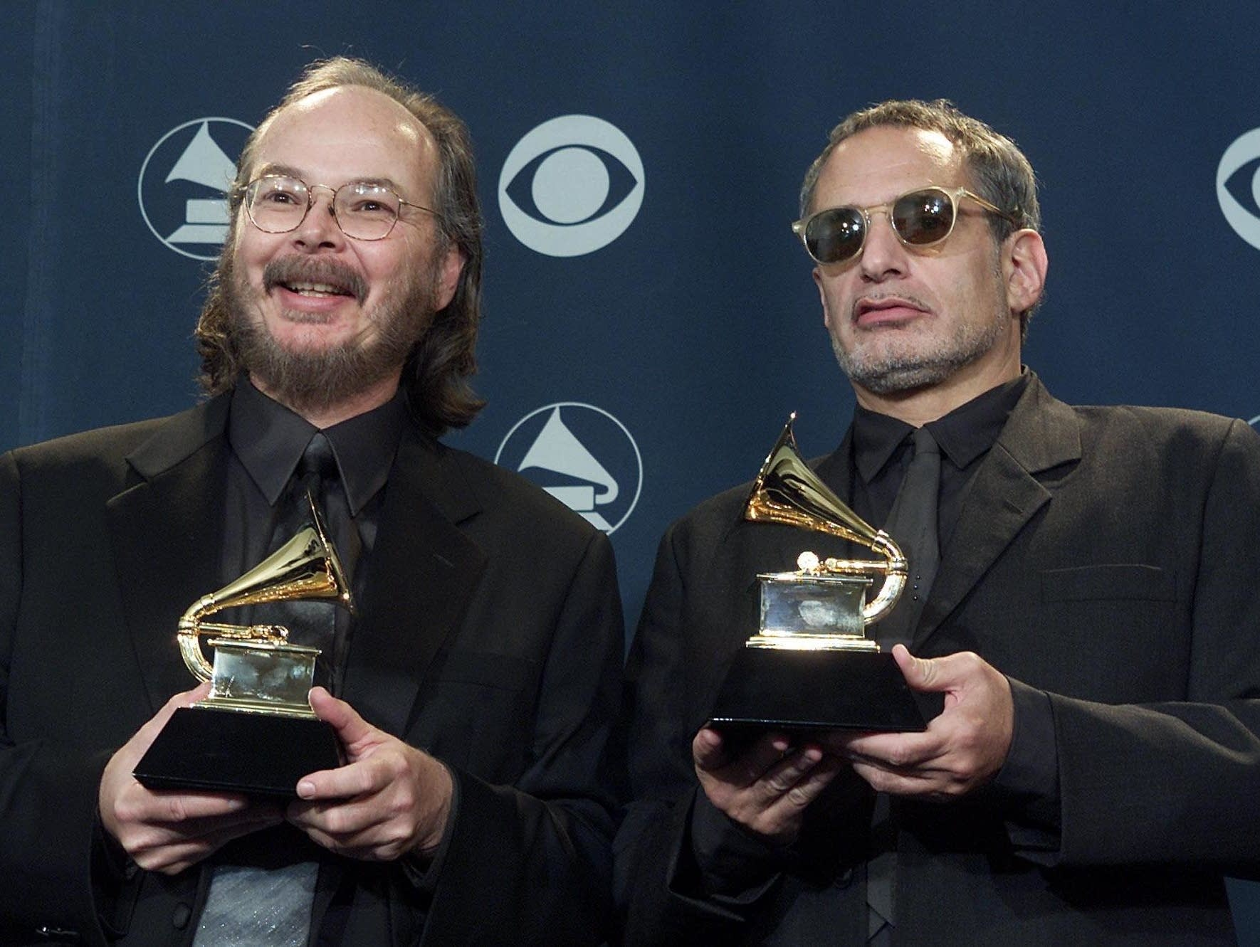 Walter Becker (l) and Donald Fagen of Steely Dan in 2001.