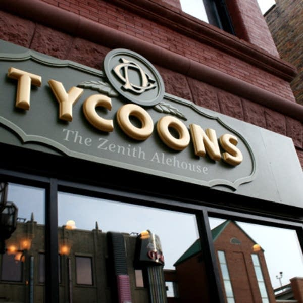 Tycoons Zenith Alehouse