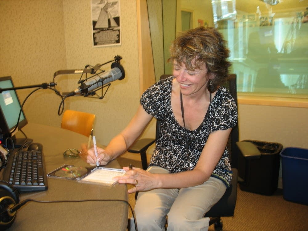 Alison Young signs her CD