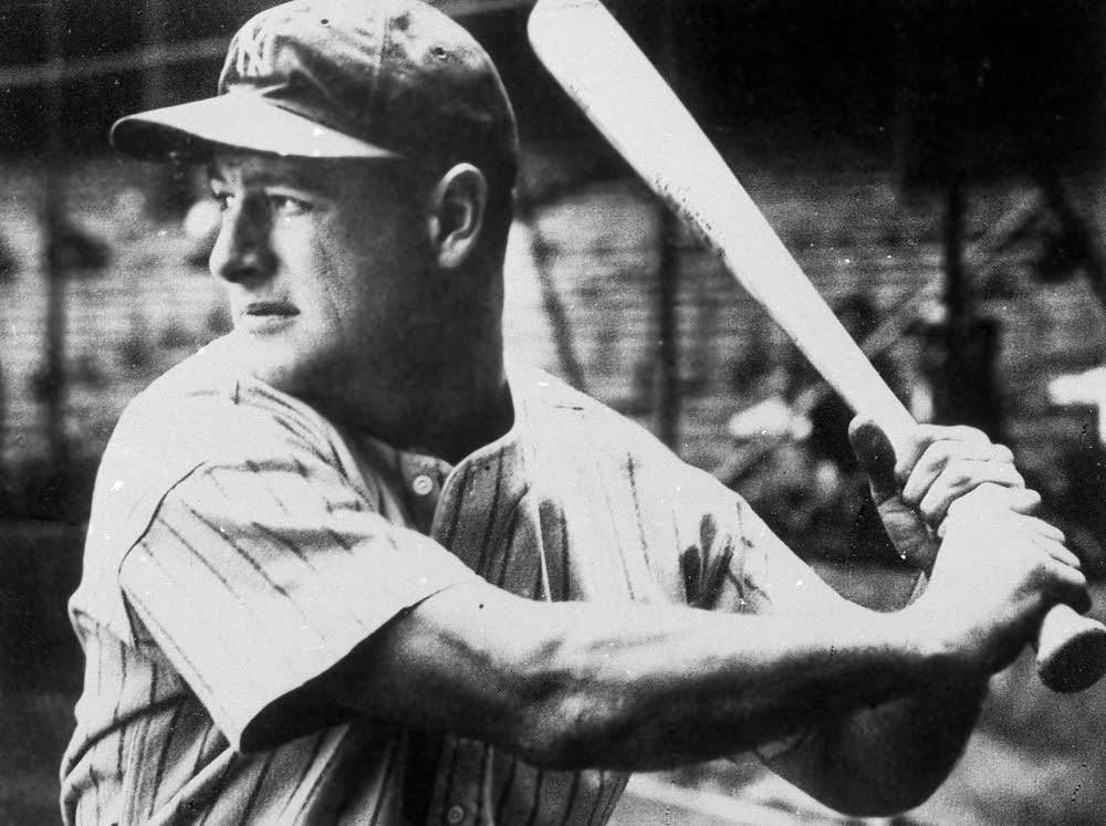 Lou Gehrig at bat