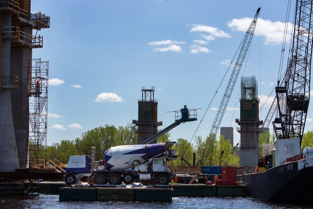 River pier construction