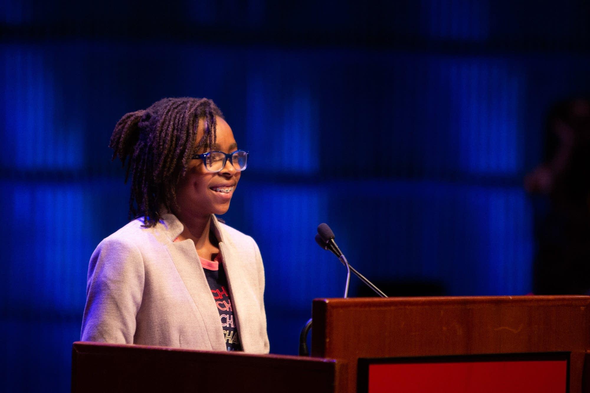 Peyton Vincent introduces keynote speaker, Dr. Mae Jemison.