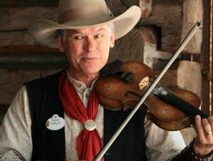 A fiddler at Disneyland
