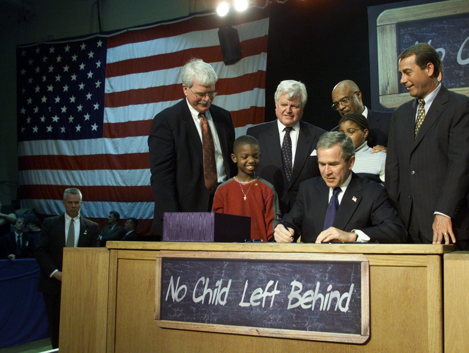 Bush signs No Child Left Behind Act