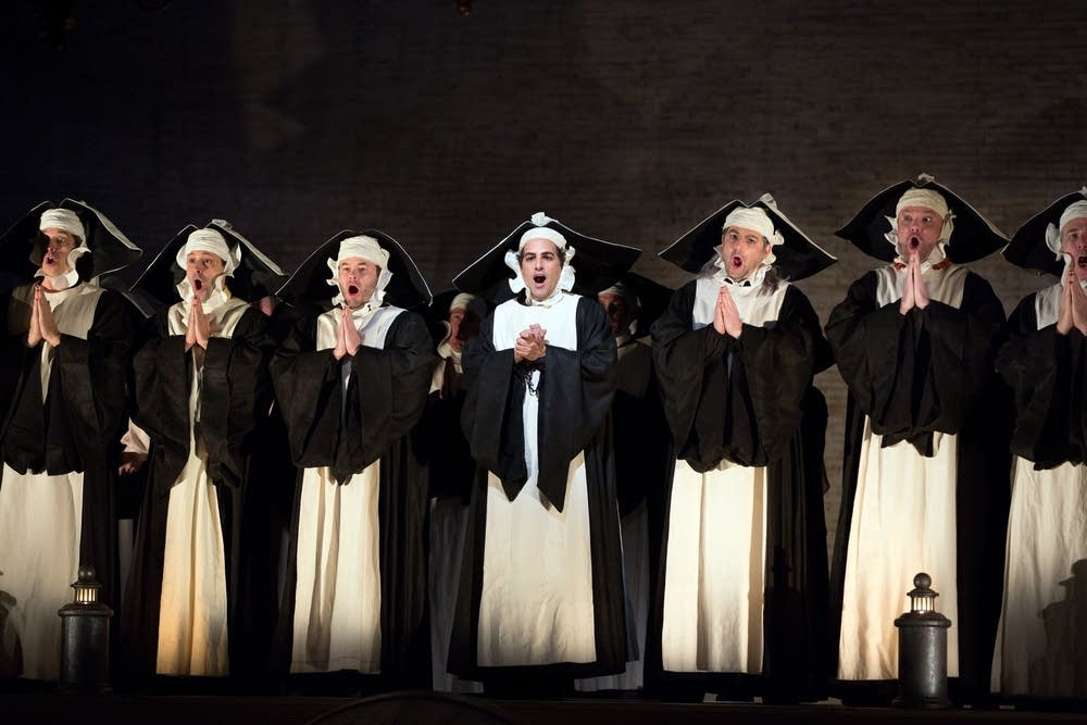 Juan Diego Florez (center) as Count Ory