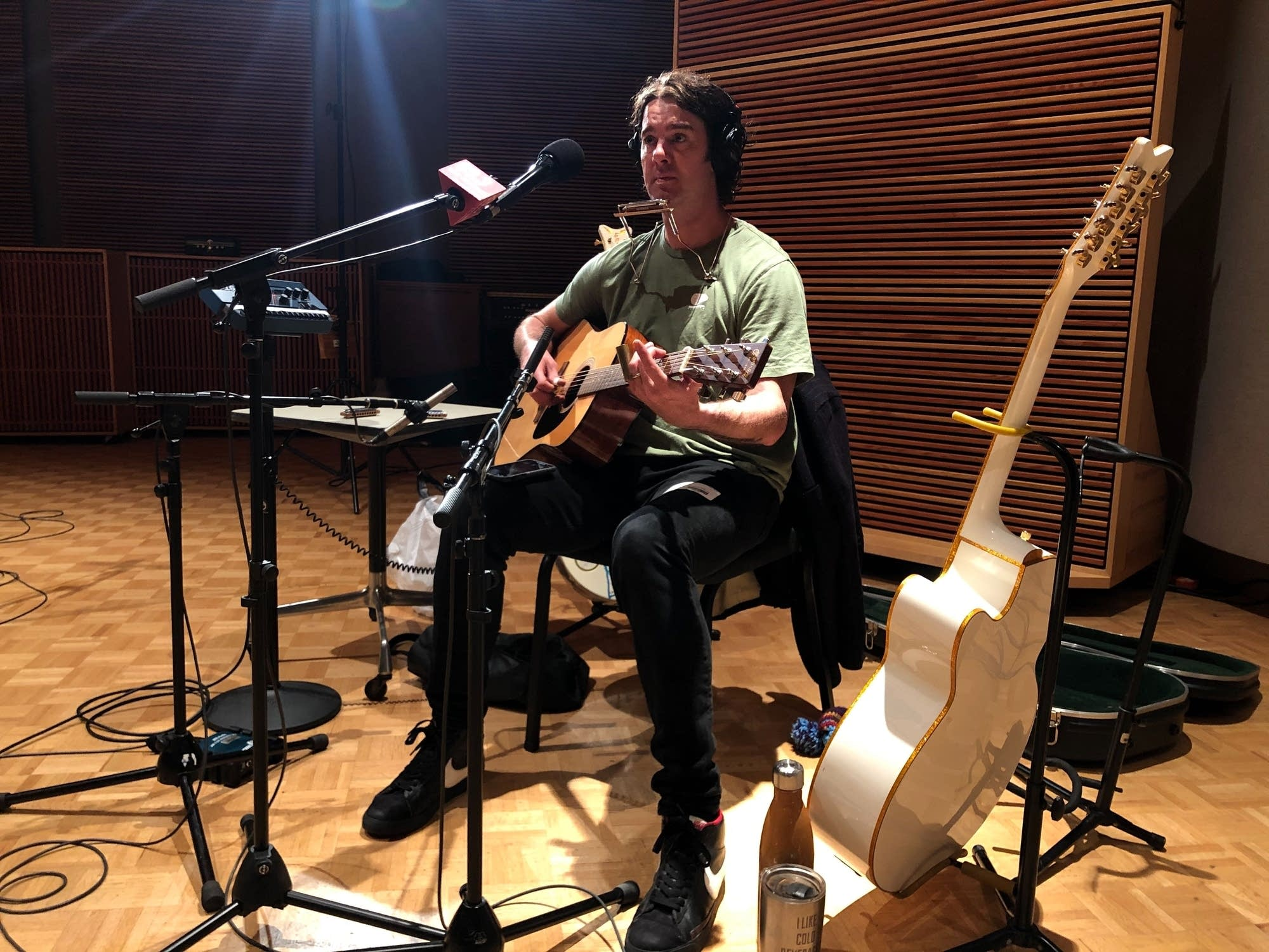 G Love performs in The Current studio