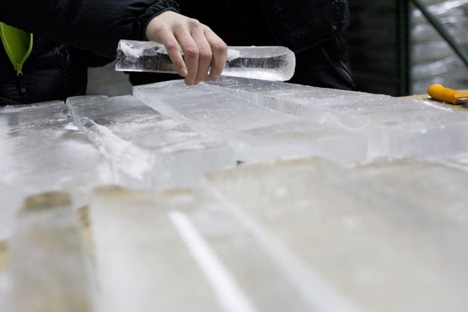 An 'icephone' (ice xylophone)