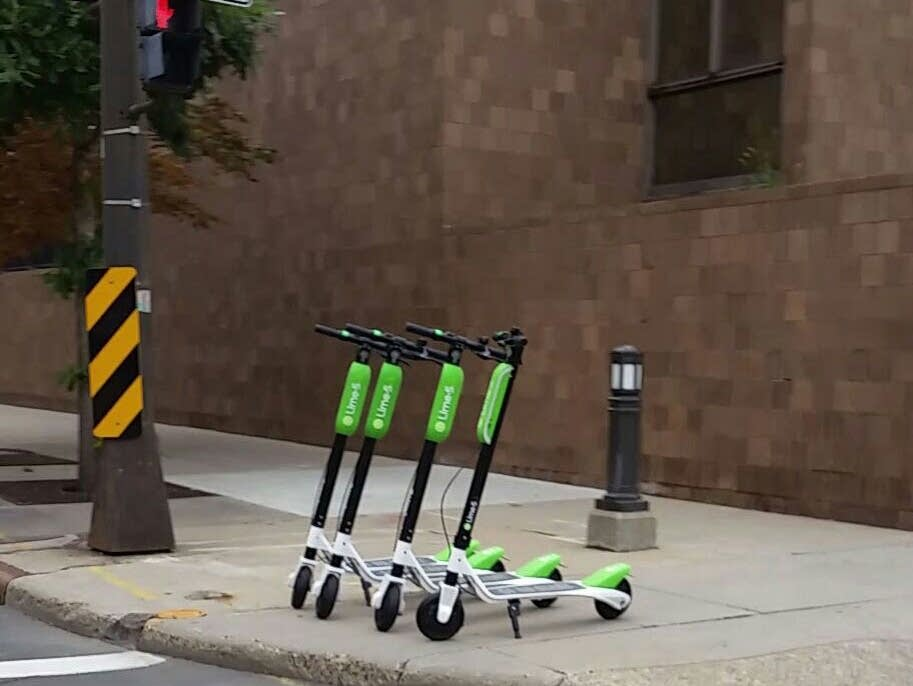 lime scooters say they have the green light in st paul. Black Bedroom Furniture Sets. Home Design Ideas