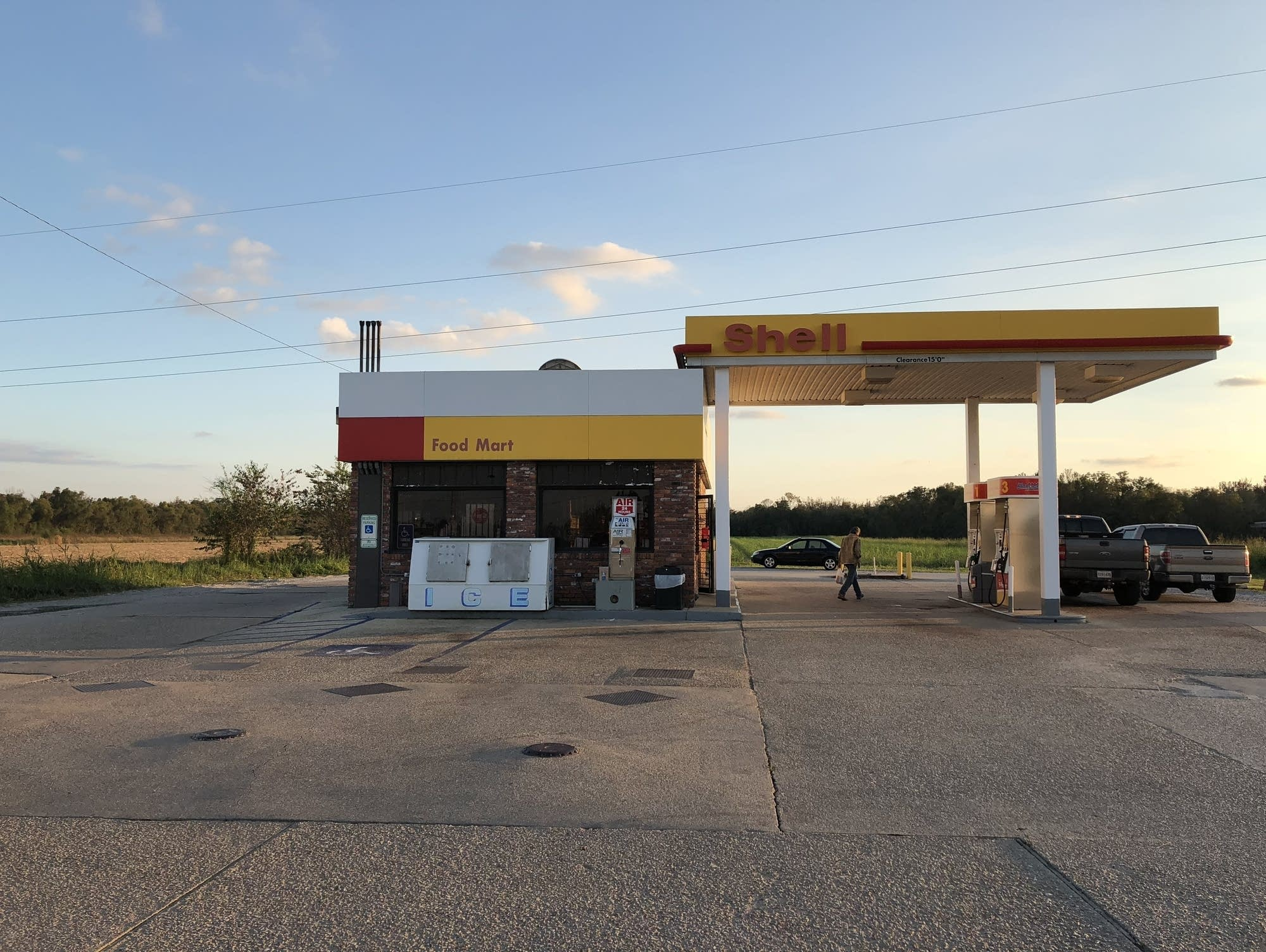 Louisiana Shell station