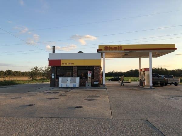 Louisiana Shell station