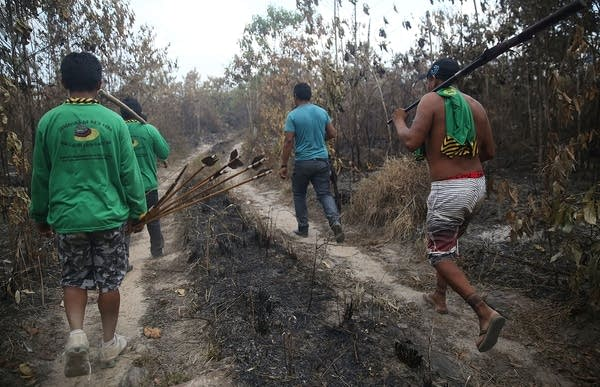 Members of the Ka'apor indigenous trib