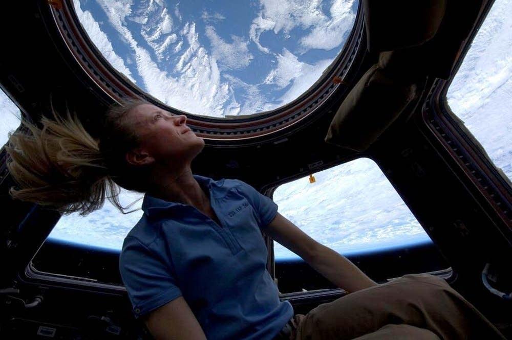 Gravity 'not as fun,' says Minnesota astronaut upon return ...