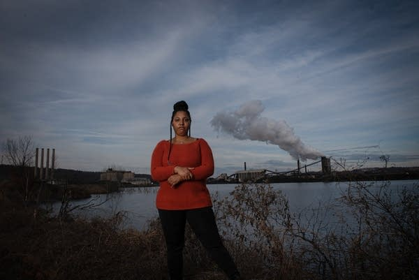Gerica Cammack has tried to make a healthy home for herself and her daughter despite the environmental hazards that surround them.