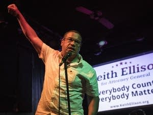 Keith Ellison delivers a victory speech at the Nomad World Pub in Mpls.